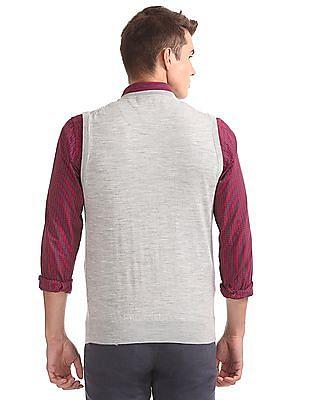Arrow V-Neck Sleeveless Sweater