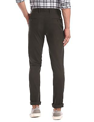 Arrow Sports Green Solid Cotton Stretch Trousers