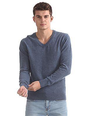 Izod V-Neck Long Sleeve Sweater