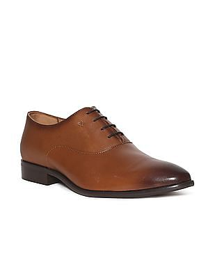 Arrow Brown Textured Panel Leather Oxford Shoes