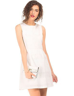 Elle Sleeveless Lace Fit And Flare Dress