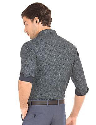 Izod Printed Slim Fit Shirt