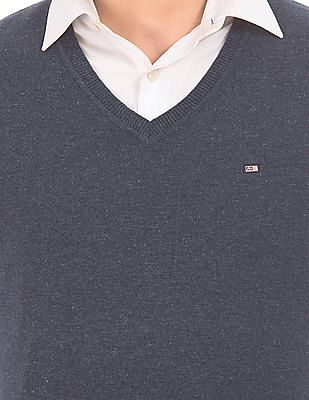 Arrow Sports V-Neck Lambswool Sweater