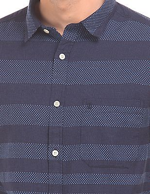 Izod Patterned Stripe Slim Fit Shirt