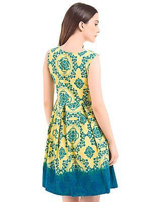 Bronz Box Pleat Printed Dress