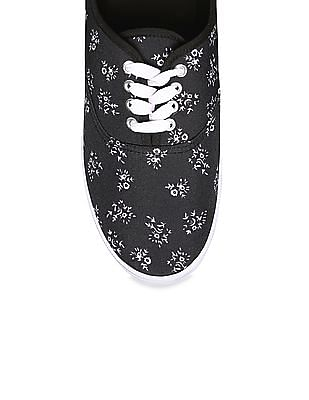 SUGR Printed Lace Up Sneakers