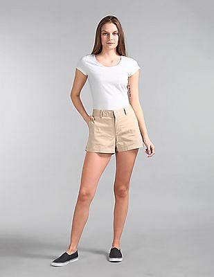 "GAP Women Beige 3"" City Shorts"