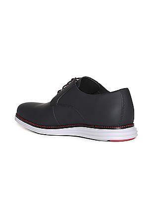 2b4e6595a1 Buy Men Original Grand Plain Toe Oxford Shoes online at NNNOW.com
