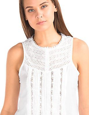 GAP Women White Crochet Pintuck Tank